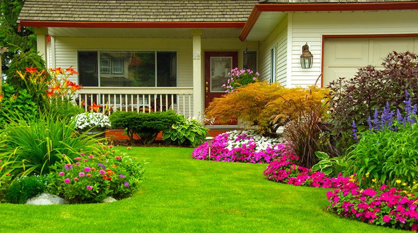 Lepic-Kroeger, REALTORS® - 4 Tips for Curb Appeal Landscaping